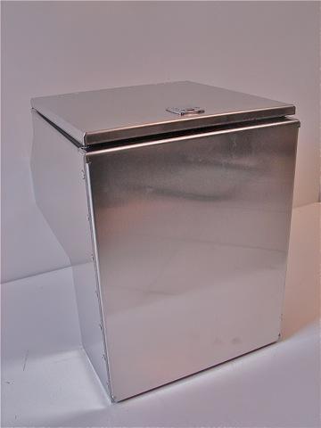 Rrc meuble cuisine aluminium rrc pour land rover for Meuble aluminium cuisine