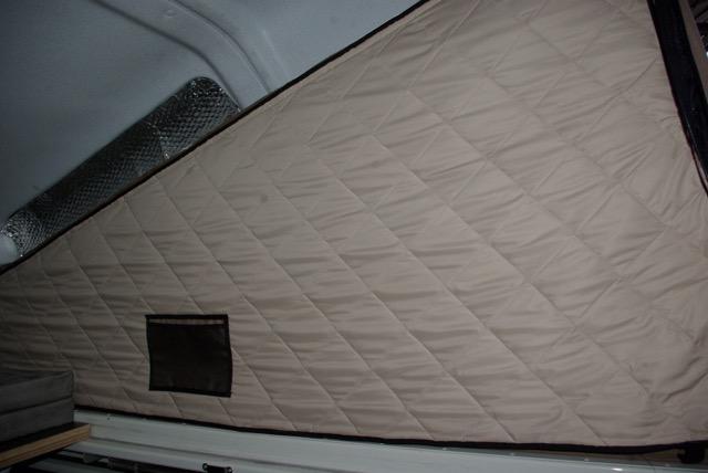 toile isolante pour chambre de toit pour defender avec toit relevable. Black Bedroom Furniture Sets. Home Design Ideas