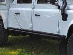 Renforts latéraux defender 130 noirs avec barres longues