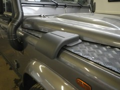 Snow cover Defender droit
